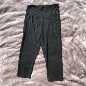 C9 Champion Cropped Leggings Yoga Pants Medium